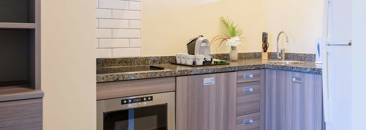 LionsDive Beach Resort Küche des Apartments