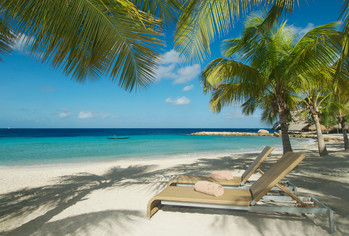 Blue Bay Curaçao Strand