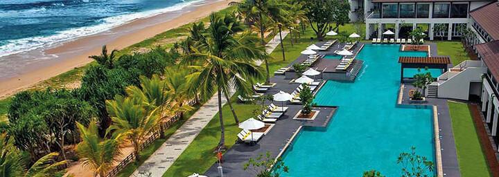 Centara Ceysands Resort & Spa Bentota Pool und Strand