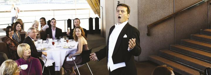Opernsänger im Sydney Opera House New South Wales
