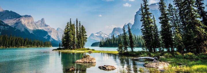 Maligne Lake im Jasper Nationalpark in Kanada, Alberta