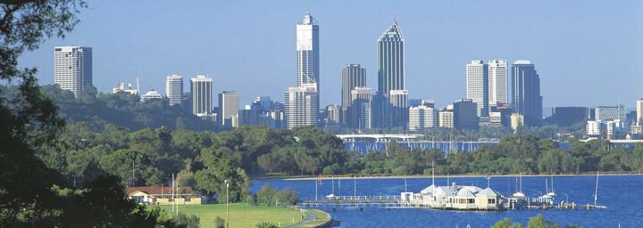 Swan River und Perth Skyline