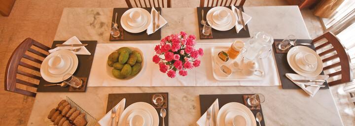 Frühstück des Colonel's Retreat Delhi