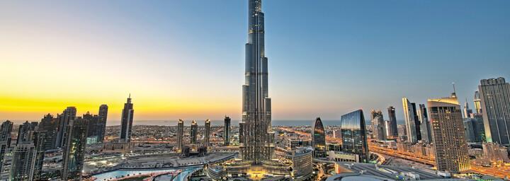 Dubai Skyline mit dem Burj Khalifa