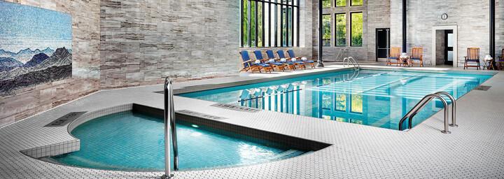 Pool des Fairmont Empress