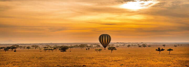 Heißluftballon über Serengeti Nationalpark