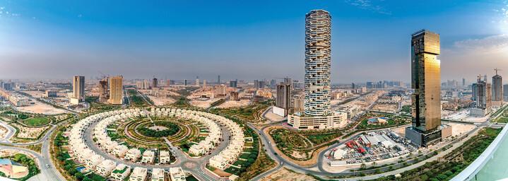 FIVE Jumeirah Village Dubai von oben
