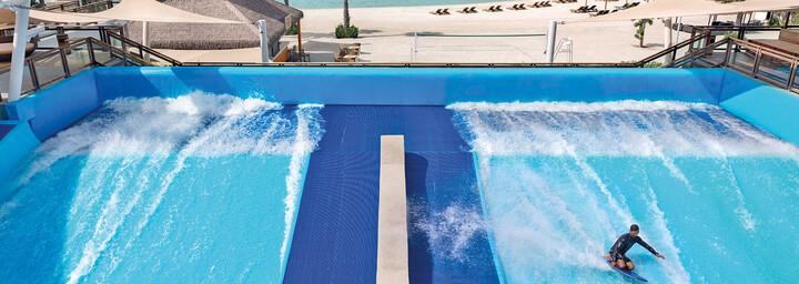Surf Pool im Banana Island Resort