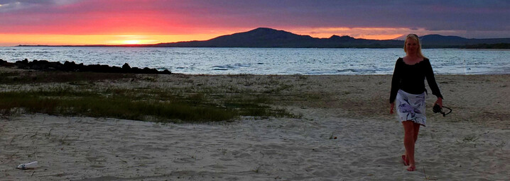 Ecuador und Galápagos Reisebericht - Sonnenuntergang am Strand von Isabela