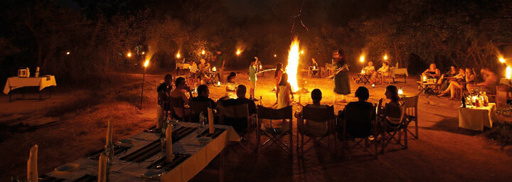 Big Game Tented Camps - Lagerfeuer