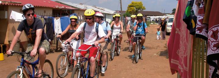 Fahrradfahrer in Soweto