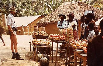 Firmengründer Rolf Bienert in Burundi