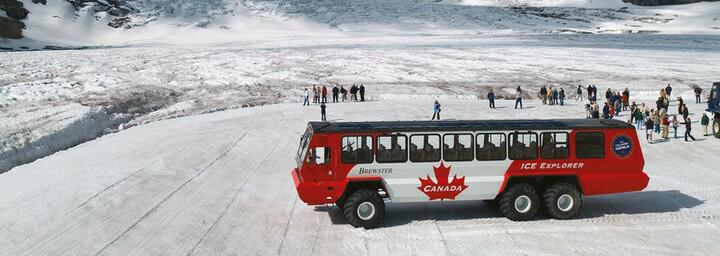 """""""Ice Explorer"""" am Athabasca Gletscher"""