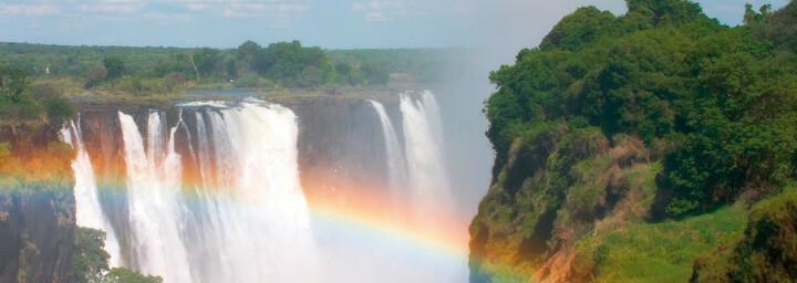 Regenbogen vor den Viktoriafällen