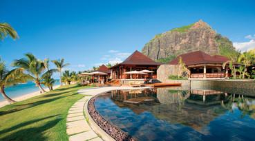 Hotel Lux Le Morne - Pool und Meerblick