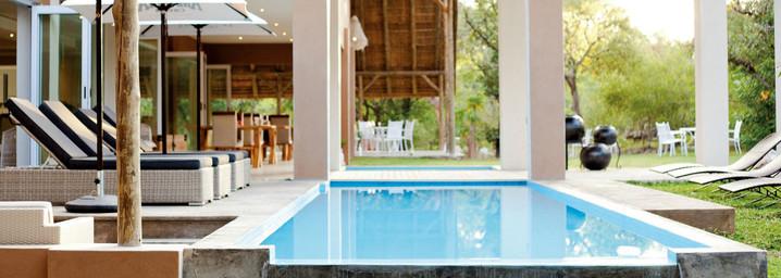 Toshari Lodge Pool