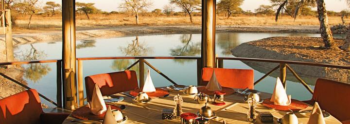 Onguma Bush Camp - Dining Deck