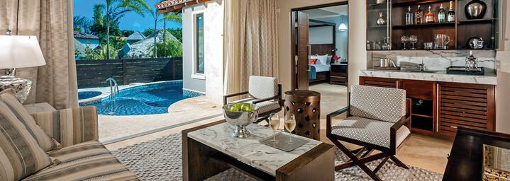 Beispiel South Seas Honeymoon One Bedroom Butler Villa with Private Pool Sanctuary