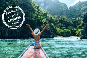 Frau auf Boot in den Philippinen