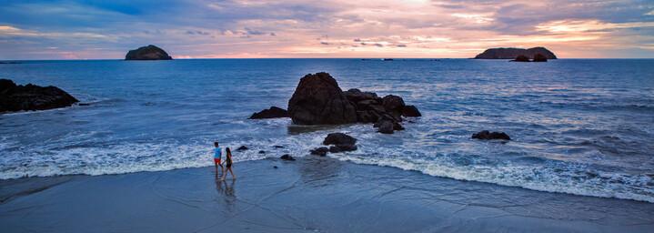 Manuel Antonio Strand bei Sonnenuntergang Costa Rica