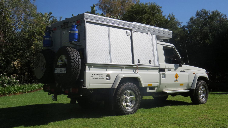 Bushlore Toyota Landcruiser Bushcamper von außen