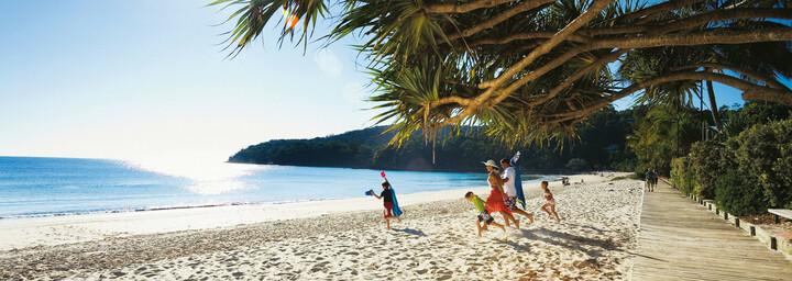 Noosa Strand - Sunshine Coast
