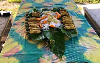 Cook Islands Reisebericht - typisches Mittagessen auf Atiu