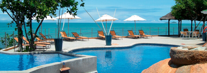 Pool des Hotel Coco de Mer & Black Parrot Suites