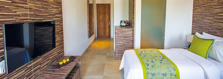 Deluxe-Zimmerbeispiel des Lembongan Beach Club & Resort