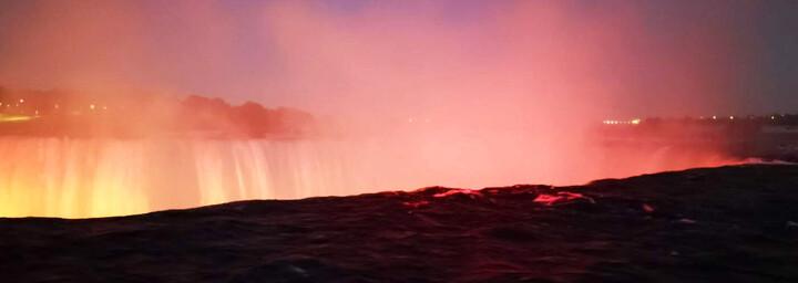 Light-up-the-Falls Niagarafälle - Ostkanada Reisebericht