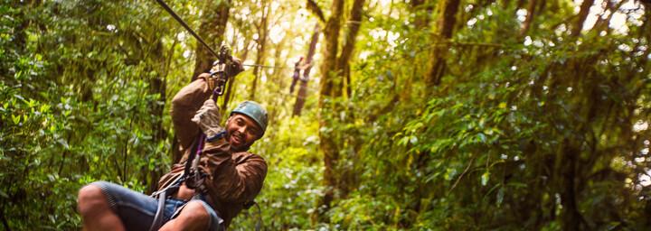 Zip-Lining im Monteverde Nationalpark