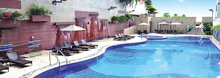Harbour Plaza 8 Degrees Pool