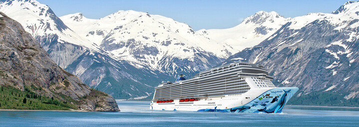 Norwegian Bliss Kreuzfahrtschiff Außenansicht in Alaska