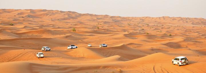 Wüstentour im Allrad-Fahrzeug Dubai