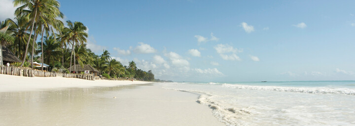 Strand Bluebay Beach Resort