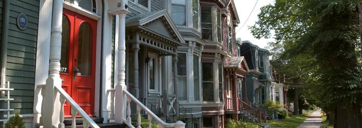 Häuserallee in Halifax