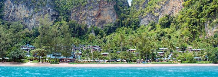 Blick auf das Centara Grand Beach Resort & Villas Krabi