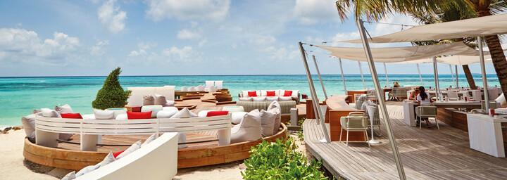 LUX* South Ari Atoll Bar