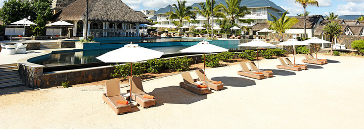 Strand & Pool im Radisson Blu Azuri Resort & Spa Mauritius