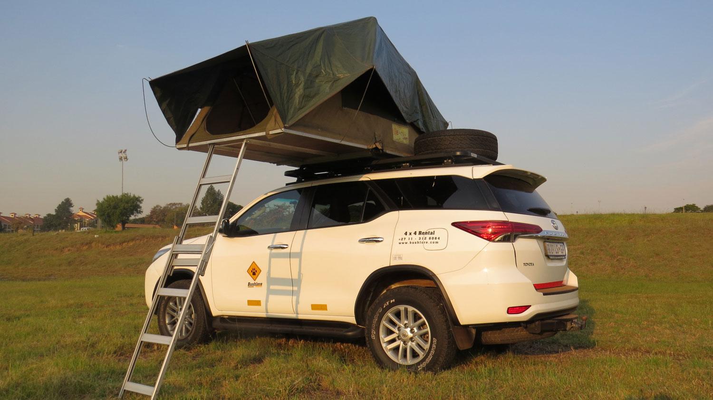 Bushlore Toyota Fortuner 4x4 mit Zelt