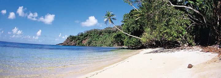 Strand in Fiji