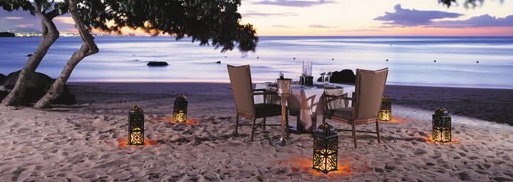 Dinner am Strand des The Oberoi Beach Resort, Mauritius