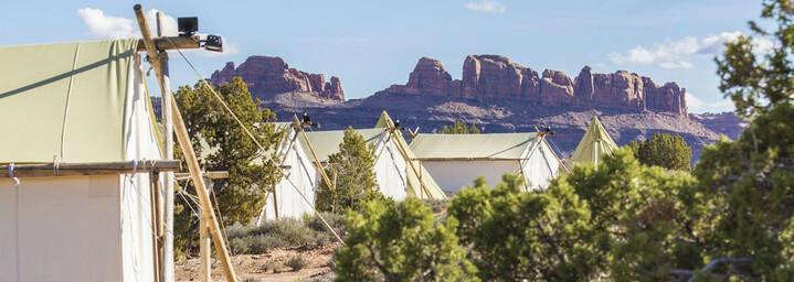 Außenansicht des Moab Under Canvas©