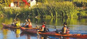 Kajakfahrt beim Marae-Aufenthalt