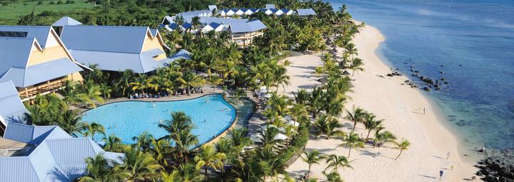 Victoria Beachcomber Resort & Spa Strand von oben