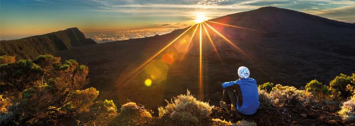 Sonnenaufgang am Piton de La Fournaise La Reunion