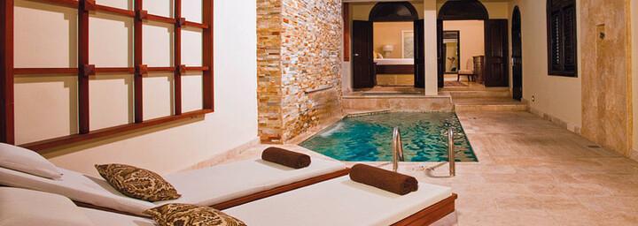 Beispiel Butler Village Honeymoon Romeo & Juliet Sanctuary One Bedroom Villa Suite w/ Private Pool