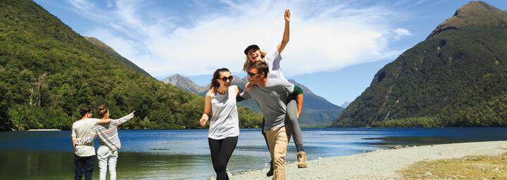 Junge Leute - Fiordland