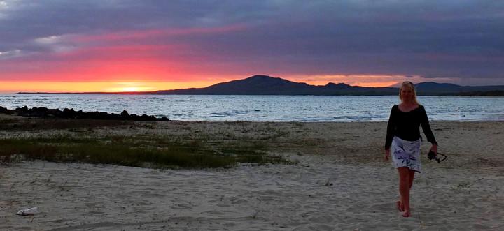 Galápagos Reisebericht - Sonnenuntergang am Strand auf Isabela