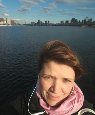 Reisebericht Boston: Reiseexpertin Romy Streller auf der Massachusetts Bridge